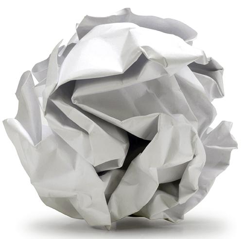 papel amassado